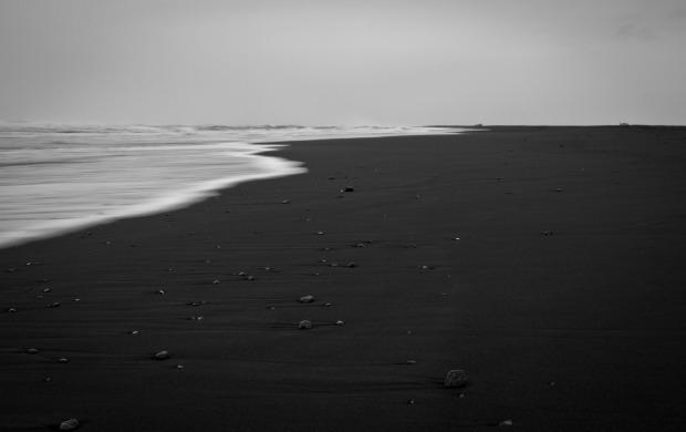 Black_beach