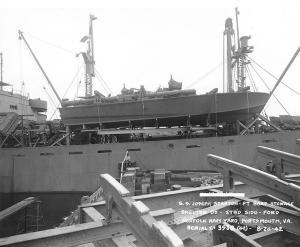 USS_PT-109_on_board_SS_Joseph_Stanton