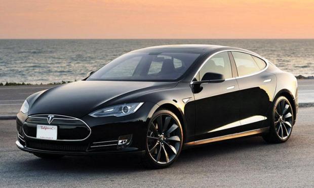 Tesla_Model_S_Black_0008