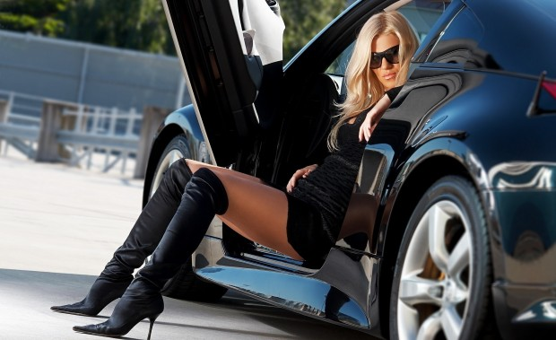 sexy-woman-and-car